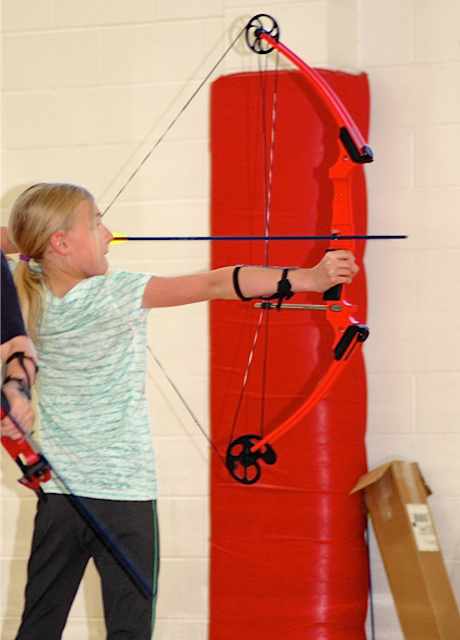 Press Release Archery Donation 2014